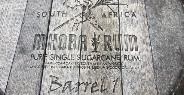 Les 1er pas de Rumtheworld en Afrique continentale chez MHOBA rum distillery